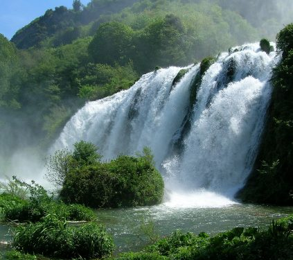 cascata-delle-marmore-526945_1280